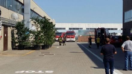 ROBASSOMERO - Incendio alla Suzuki: provvidenziale intervento dei vigili del fuoco - FOTO e VIDEO