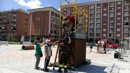 BORGARO - Bambini «pompieri per un giorno» grazie a «Pompieropoli»