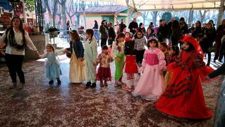 CASELLE - Colori, coriandoli, musica e bugie: il Carnevale al Prato della Fiera - LE FOTO