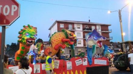 DRUENTO - Un Carnevale Notturno senza precedenti: LE FOTO PIU BELLE