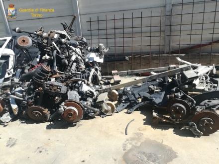 DRUENTO - Smaltiva i rifiuti della sua carrozzeria illegalmente: imprenditore denunciato