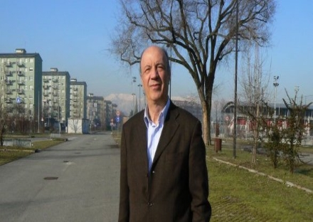 VENARIA - Lex sindaco Giuseppe Catania appende il camice da medico: è in pensione