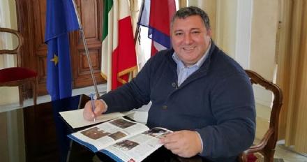 PIANEZZA - Castello candidato in Regione: oltre al commissariamento, cè anche lipotesi della reggenza del vice sindaco