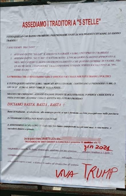 VENARIA-COLLEGNO-RIVOLI - Manifesti contro i parlamentari M5S: denunciato lideatore