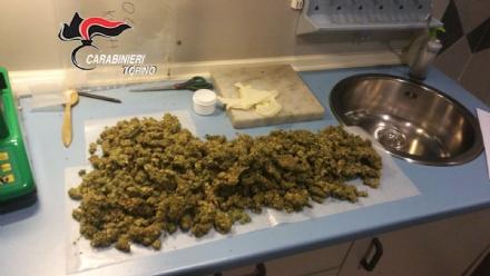 ROBASSOMERO - Settecento grammi di marijuana in casa: robassomerese in manette