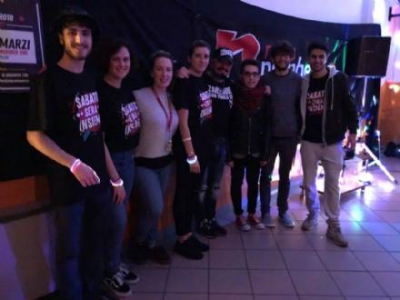 DRUENTO - «Sabato sera insieme»: i giovani si sono divertiti con il dj Marco Marzi