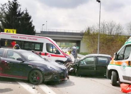 CASELLE - Incidente sul raccordo: due feriti portati in ospedale