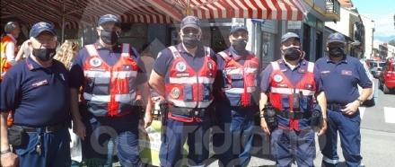 VENARIA - Il mercato del Viale controllato dai volontari dellAssociazione Nazionale Carabinieri