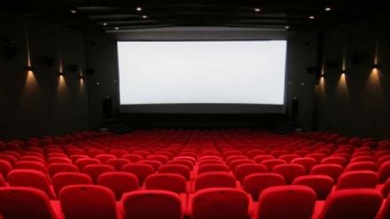 Da lunedì riaprono cinema, teatri e circoli. Nelle Rsa visite rispettando il Decreto nazionale
