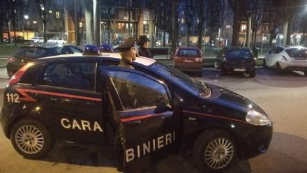 COLLEGNO - Picchiato in piazza: 24enne con naso e zigomo fratturati