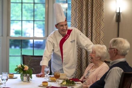 COLLEGNO - Natale: pasto gratuito per 700 anziani grazie a Sodexo