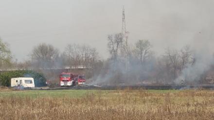 VENARIA - Incendio mette a rischio aziende e abitazioni in via Bellucco