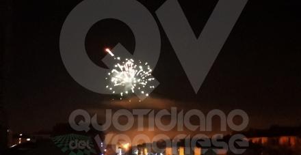 CRONACA - Ordinanza non rispettata: cassonetti esplosi e distrutta la statua della Madonna