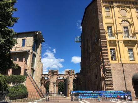 RIVOLI - Per Ferragosto castello aperto: due rassegne per i turisti