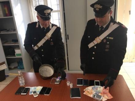 VAL CERONDA - DROGA - Arrestata banda di spacciatori: consegnavano «h24» anche nei giardinetti