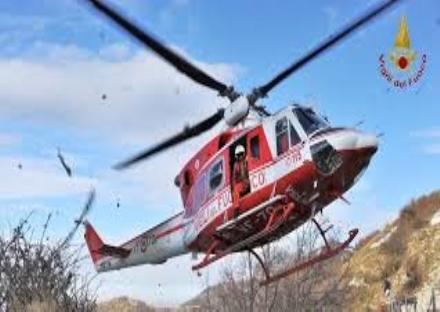 TRAGEDIA A RIVOLI - Si impicca nel bosco: muore 74enne