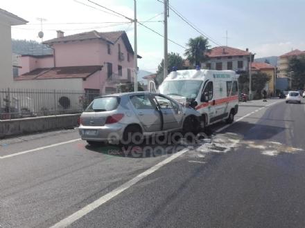 INCIDENTE MORTALE A LANZO - Auto contro ambulanza: muore un uomo di Mathi, tre feriti sul mezzo di soccorso