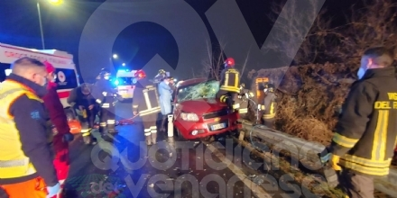 CASELLE - Ennesimo incidente stradale lungo la provinciale: due feriti, uno grave - FOTO