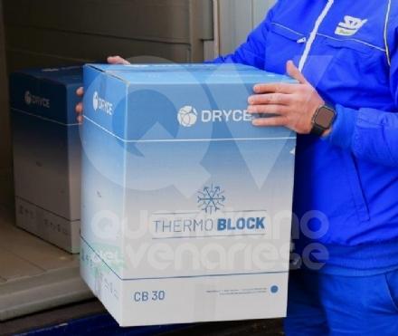 RIVOLI - Grazie ai furgoni di Poste Italiane-Sda, arrivate le dosi di vaccino Astra-Zeneca