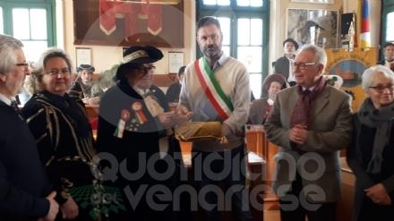 CARNEVALE A VENARIA - Consegnate le chiavi della città al Lucio dla Venaria e alla Castellana