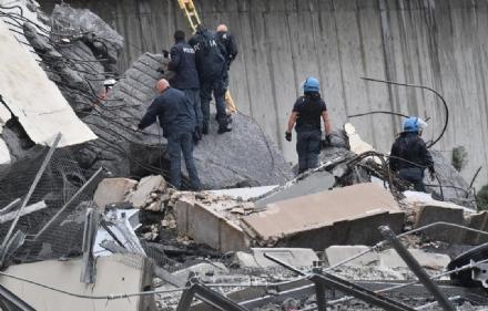 VENARIA - La città piange Andrea Vittone, morto nel crollo del ponte Morandi a Genova