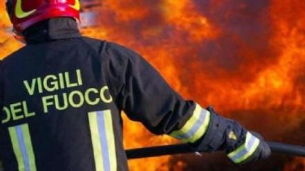 DRUENTO - Ancora unauto data alle fiamme: indaga la polizia municipale
