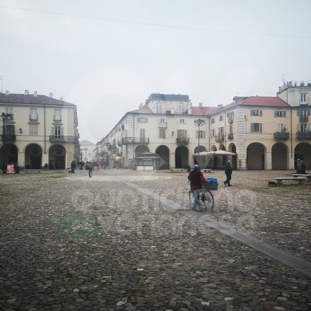 VENARIA - Lappello del sindaco ha sortito effetto: viale Buridani e via Mensa pressoché deserte