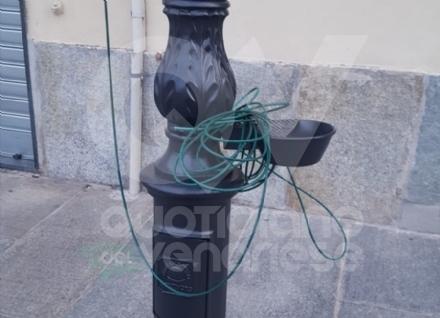 VENARIA - Vandali in azione in via Mensa: tranciata la filodiffusione di «Venaria Viva Estate»