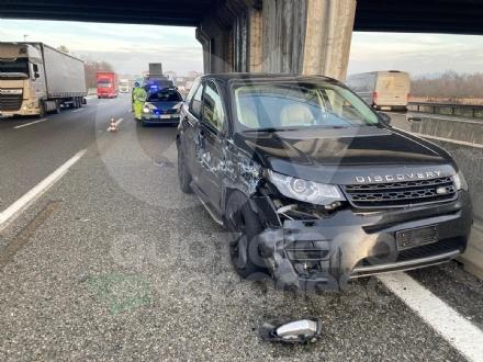 SCONTRO IN TANGENZIALE Tra un tir e una Land Rover: due feriti