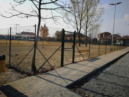 CASELLE - Sabato il taglio del nastro dellarea cani di via Venaria