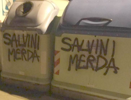 COLLEGNO - Imbrattata la sede della Lega Nord con scritte contro Salvini