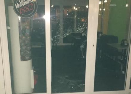 SAVONERA - Ladri in azione in caffetteria: danni ingenti, ma scappano a mani vuote