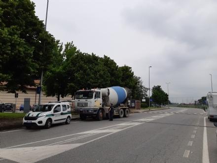 BORGARO - Dal 1 luglio stop ai mezzi pesanti in via Italia e nelle vie limitrofe