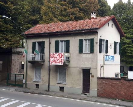 VENARIA - Il sindaco di Riace iscritto «ad honorem» allAnpi cittadina