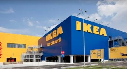FASE 2 - Da domani riaprono i centri commerciali come Ikea e Le Gru