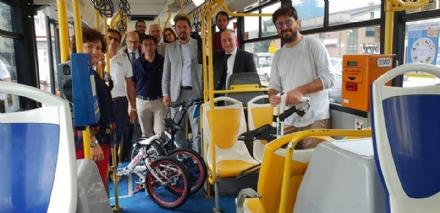 ZONA OVEST - «Due ruote nella Zona Ovest»: i Comuni incentivano luso di bici (e degli autobus)