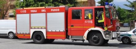 ALPIGNANO - Incendio in una ditta di via Montegrappa: fiamme spente dai vigili del fuoco