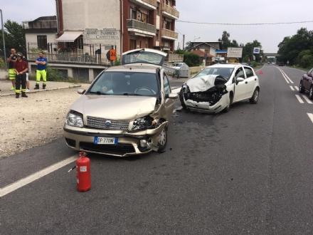 CAFASSE - Scontro sulla Direttissima: due auto coinvolte, una donna ferita