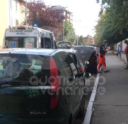 VENARIA - Scontro auto-motorino in viale Buridani : giovane ferito, finisce in ospedale