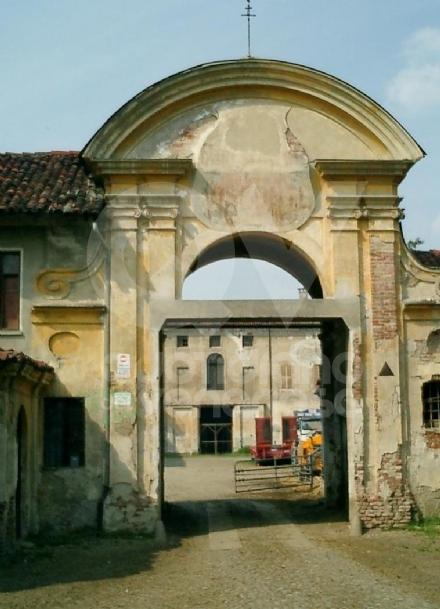 BORGARO - Ricettazione e gestione illecita di rifiuti: denunciato Giuseppe Chiabotto, padre di Cristina