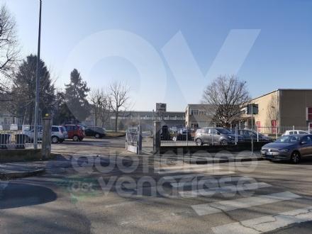 VENARIA - Anche al liceo si torna finalmente in classe: ma le preoccupazioni restano