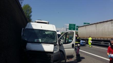 TRAGEDIA SULLA TANGENZIALE - Incidente stradale: muore un uomo di 56 anni - FOTO
