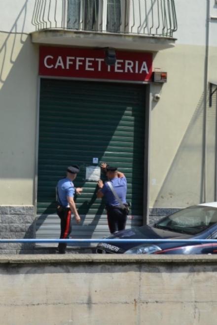 VENARIA - Pregiudicati e spacciatori nel locale: chiuso un bar per quindici giorni
