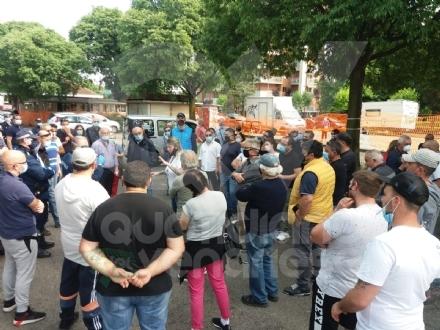 VENARIA - Mercati in piazza Nenni e via Diaz. Gli ambulanti vogliono tornare in Viale al sabato