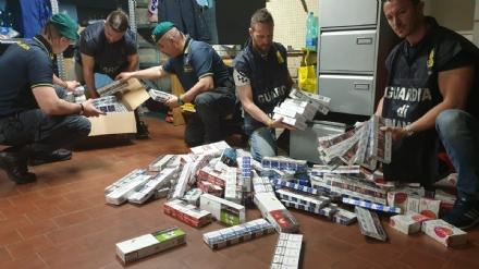 GRUGLIASCO - 500 kg di sigarette di contrabbando nascoste nei garage: 40enne denunciato