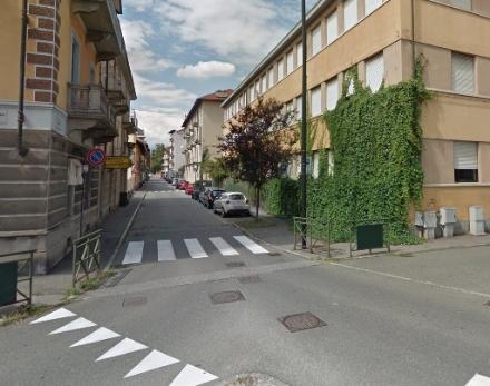 TRAGEDIA A VENARIA - Colpito da malore, muore in strada in via Barolo