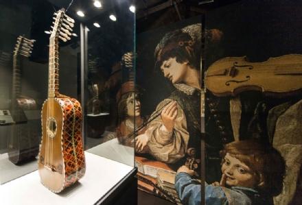 VENARIA - La mostra «Preziosi strumenti, illustri personaggi» si conclude con numeri record