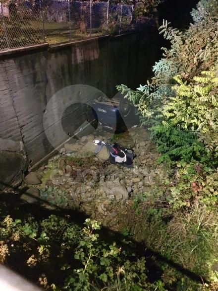 CAFASSE-VARISELLA - Rubano in una villa ma poi finiscono fuori strada: caccia alla banda di ladri