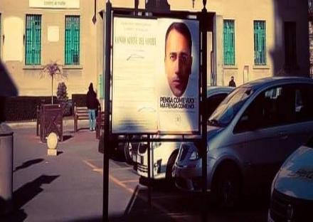 VENARIA - La città tappezzata dai manifesti con il volto del Ministro Di Maio