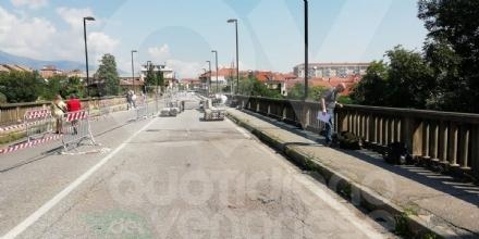 ALPIGNANO - Partiti questa mattina i primi interventi strutturali per il ponte